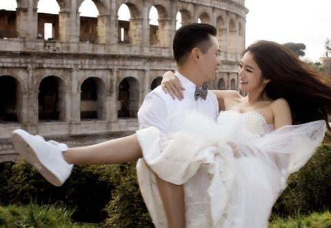 Converse 推出「新娘鞋」系列!超夢幻美人魚亮片、純白帆布鞋,還可以繡上老公名字