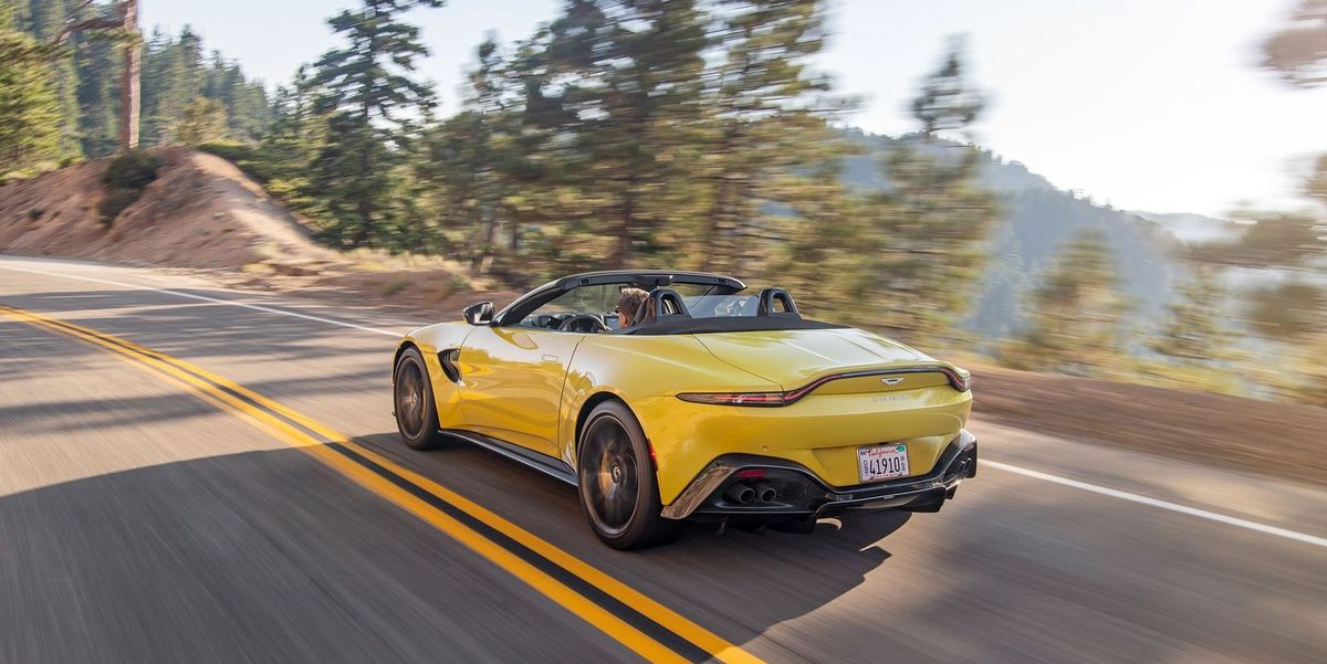 Aston Martin Vantage Roadster Photos