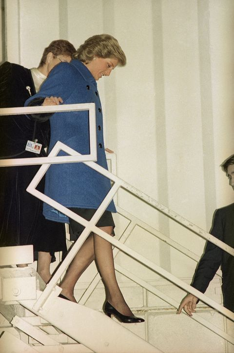 princess diana of wales walks down a set of stairs from the door of a concorde jet to the tarmac at john f kennedy international airport in new york on feb 1, 1989 the princess arrived for a scheduled three day visit to new york city ap photomark lennihan