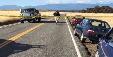 Road, Asphalt, Vehicle, Lane, Highway, Transport, Car, Mode of transport, Road surface, Shoulder,