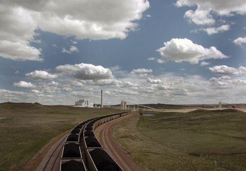 Sky, Cloud, Road, Natural landscape, Transport, Plain, Grassland, Asphalt, Infrastructure, Ecoregion,
