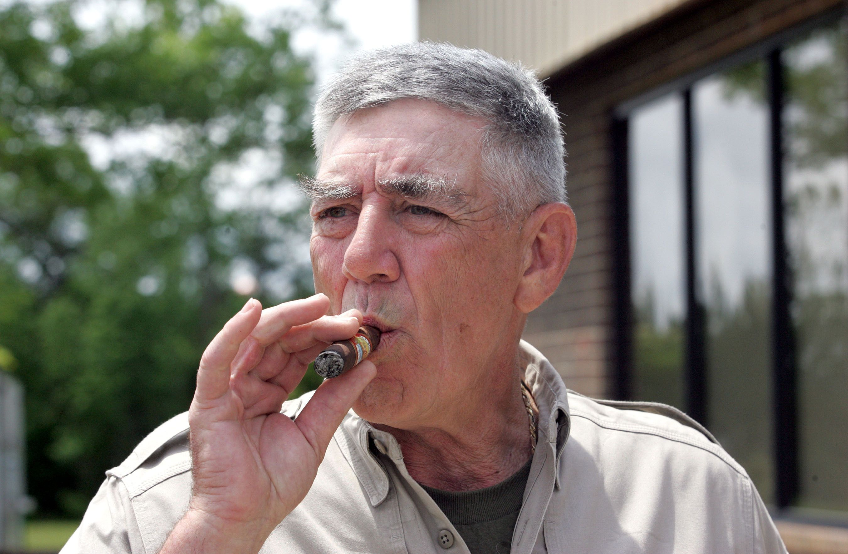 R Lee Ermey The Insult Hurling Drill Instructor From Full