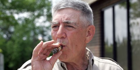 Nose, Eating, Tobacco products, Smoking, Mouth, Cigarette, Drinking, Wrinkle,