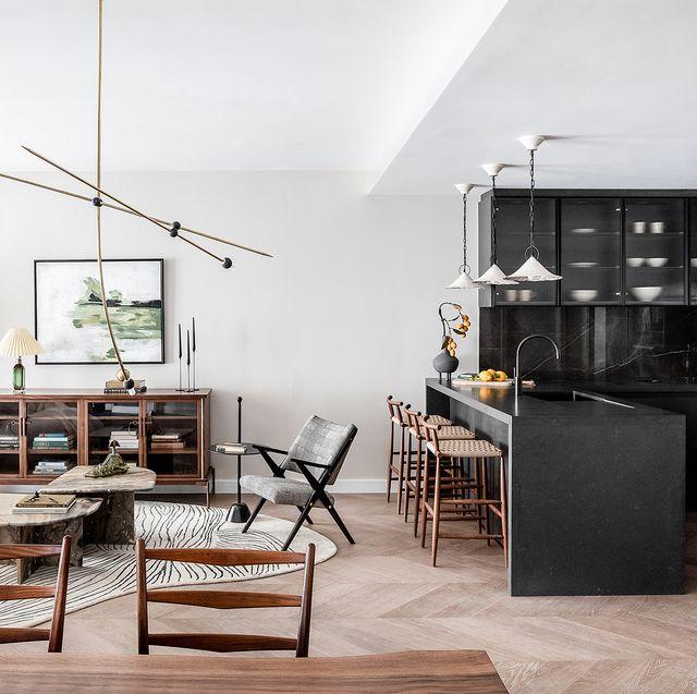 apartamento en londres sobrio, elegante y sofisticado salón comedor cocina abierta