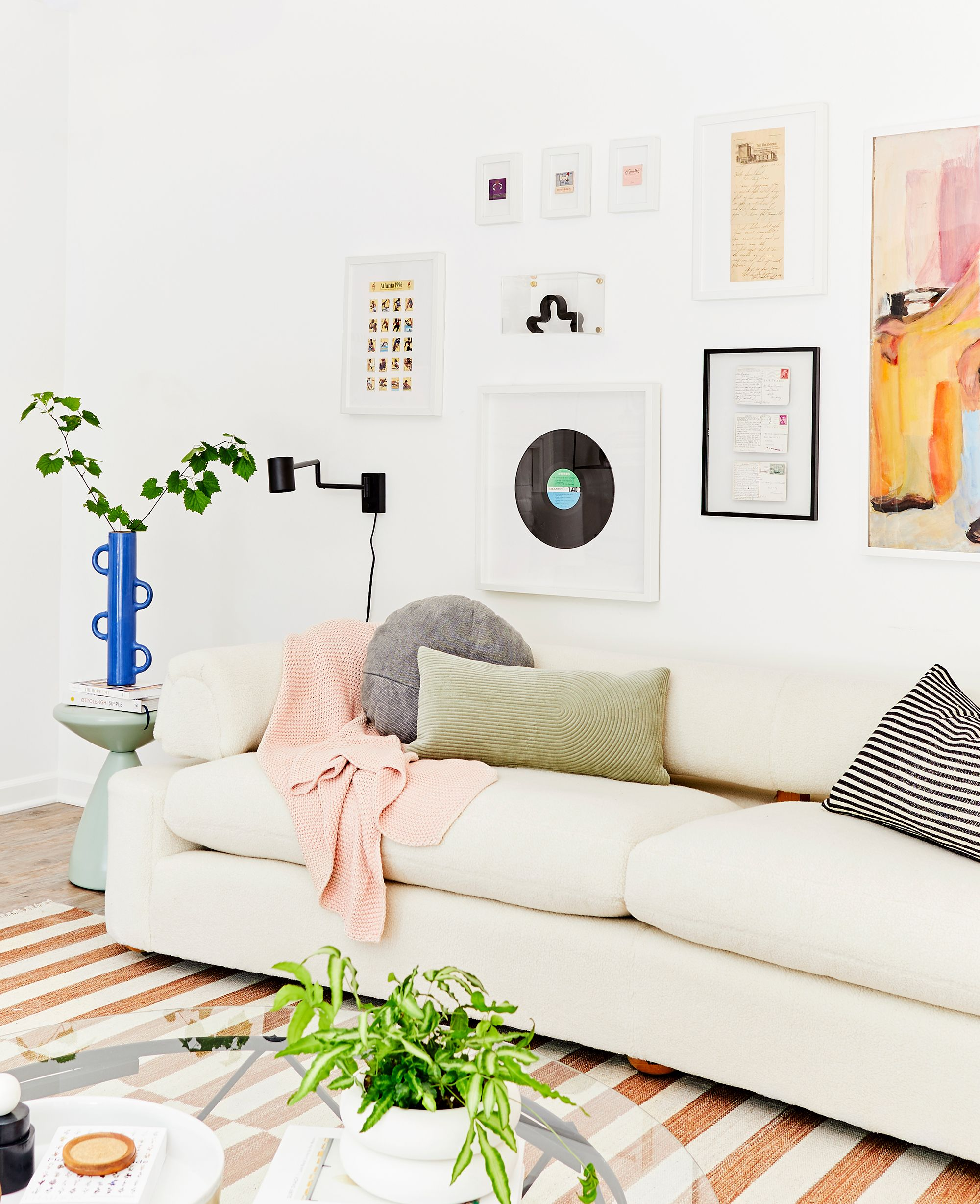 How To Decorate Your First Apartment First Apartment Decorating Ideas