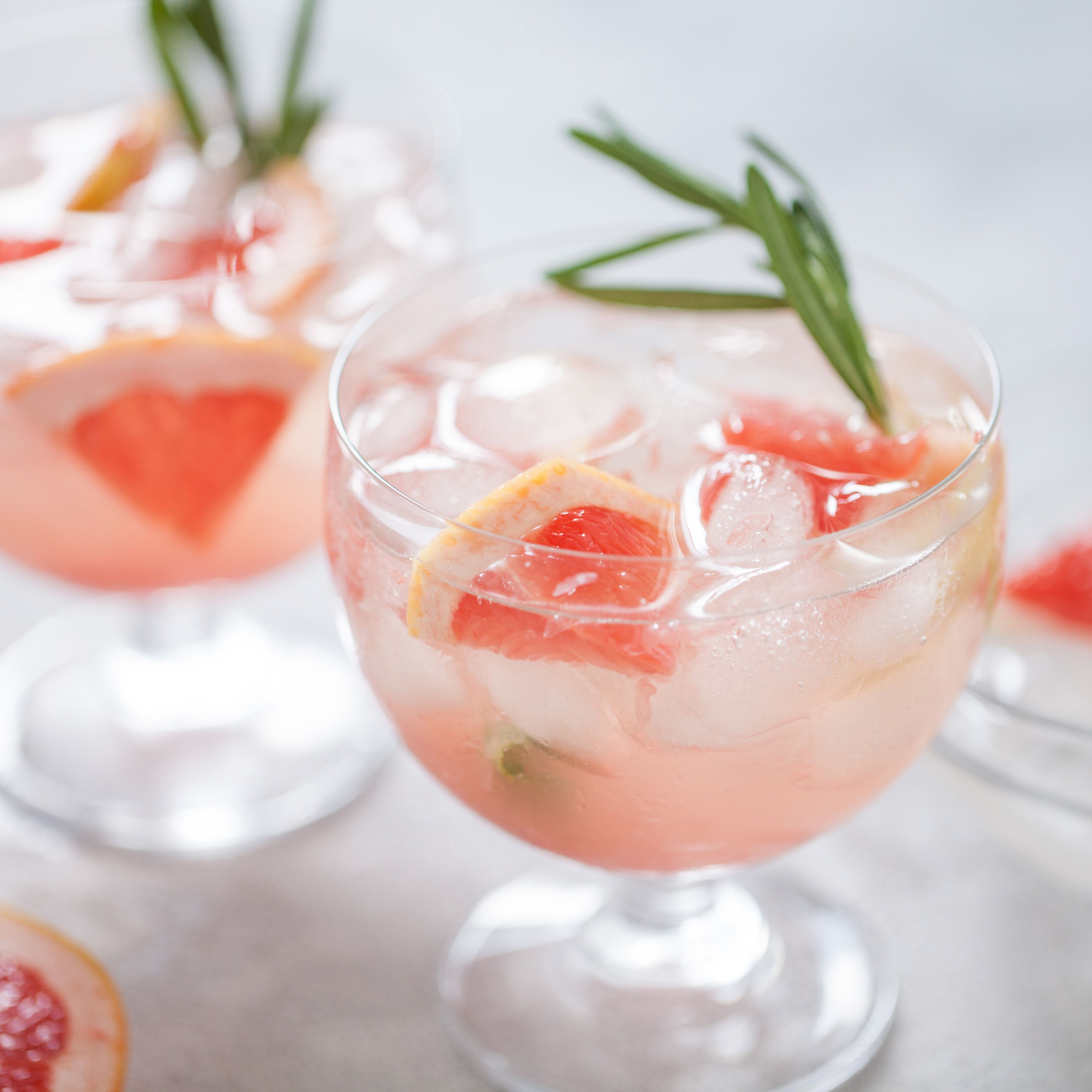 15 Pretty Cocktails That Are Perfect for Spring