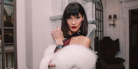 White, Fur, Skin, Beauty, Pink, Fur clothing, Lip, Fashion, Black hair, Textile,
