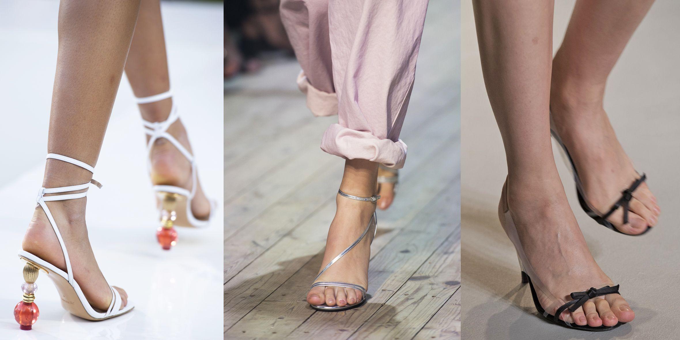 Sfilano sulle passerelle più importanti del mondo le scarpe della prossima primavera estate 2019: ci sono tutti i modelli per cui perdere la testa, sandali bassi, pump, sneakers, stivaletti open toe, killer heel e kitten heel.