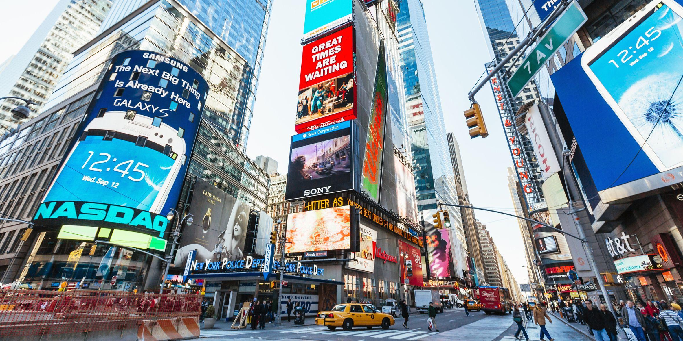 New York è la metropoli del futuro e delle sperimentazioni: ogni giorno aprono locali e nascono tendenze, se hai in mente di fare Natale a New York o addirittura Capodanno a New York, questi indirizzi sono per te.