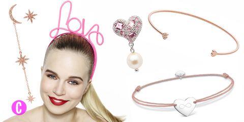 Nella festa di San Valentino ragiona per due e sigilla il vostro amore con una combo di gioielli: orecchini swarovski, bracciali design, con perle, cristalli e piastrine, il mix perfetto per indossare ogni giorno la vostra storia.