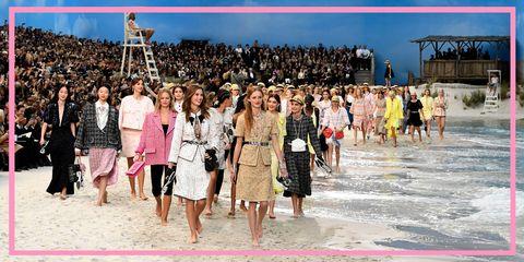 Il 5 marzo alle ore 10,30 appuntamento per la prima sfilata Chanel dopo Karl Lagerfeld:  è il momento di fare un veloce ripasso con gli allestimenti da sogno al Grand Palais firmati Kaiser Karl.
