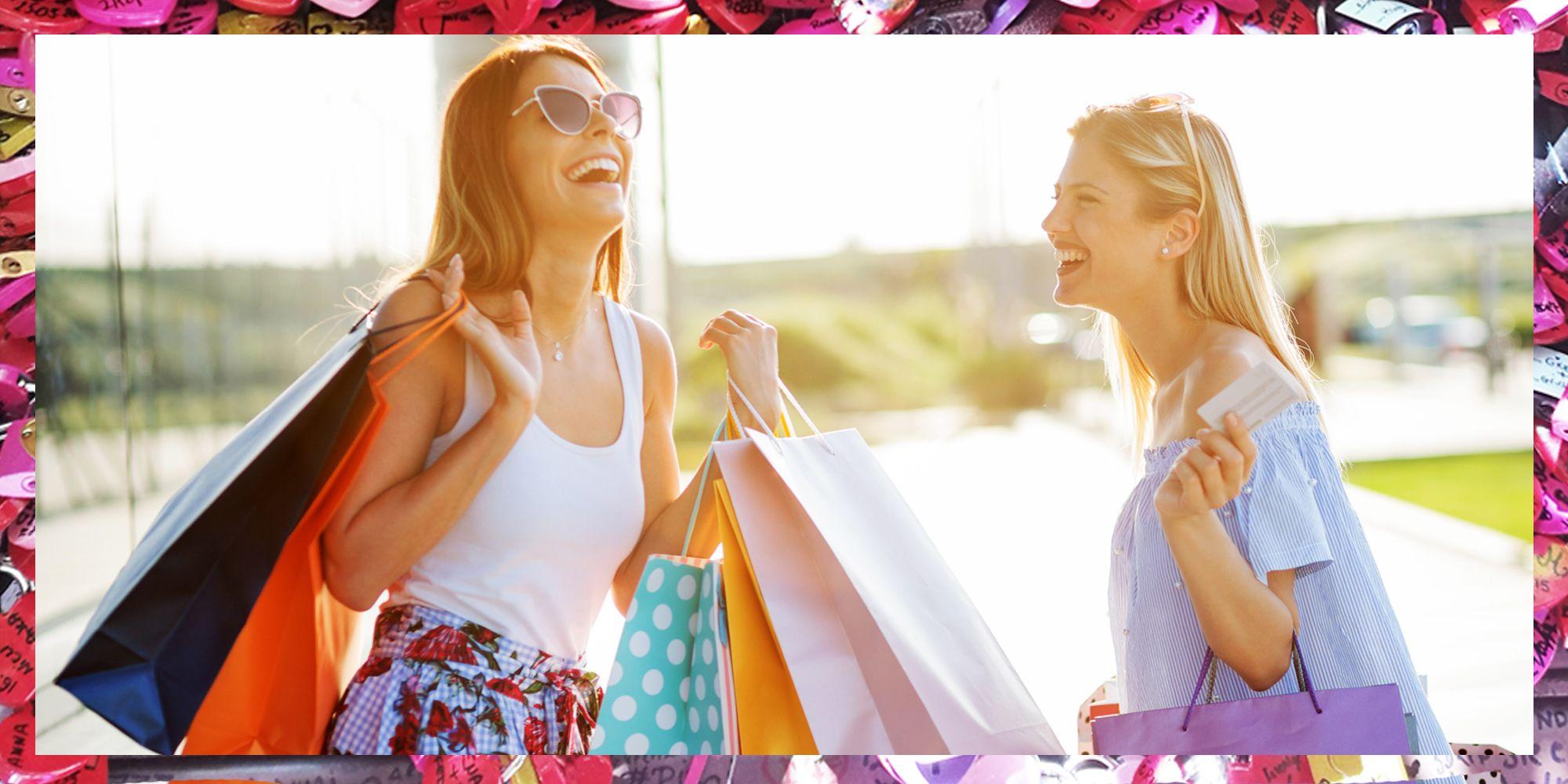 Verona è la meta giusta per fare shopping, ci sono negozi interessanti, brand da scoprire e soprattutto è bellissima da girare quando sei in giro con le amiche e lo shopping offline torna ad essere cool.