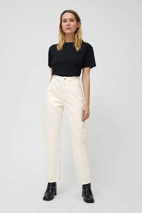 Clothing, White, Waist, Neck, Shoulder, Sleeve, Pocket, Trousers, Fashion, Leg,