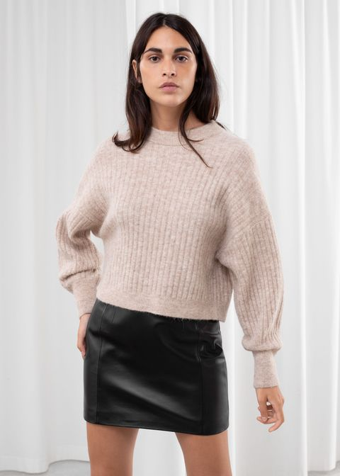 Clothing, White, Black, Neck, Sleeve, Outerwear, Beige, Fashion, Sweater, Top,