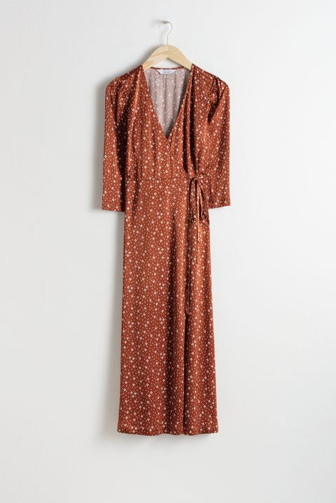 Clothing, Dress, Day dress, Sleeve, Pattern, Outerwear, Collar, Design, Pattern, Neck,