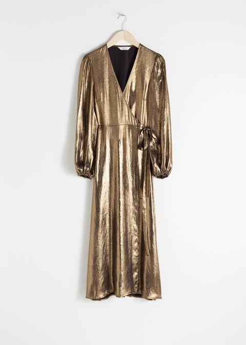 Clothing, Outerwear, Dress, Sleeve, Robe, Coat, Day dress, Trench coat, Overcoat, Collar,