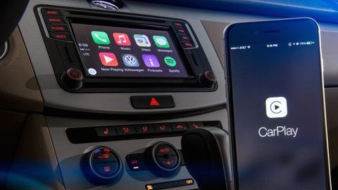 Multimedia, Car, Vehicle, Technology, Electronic device, Gadget, Electronics, Center console, Family car, Mid-size car,
