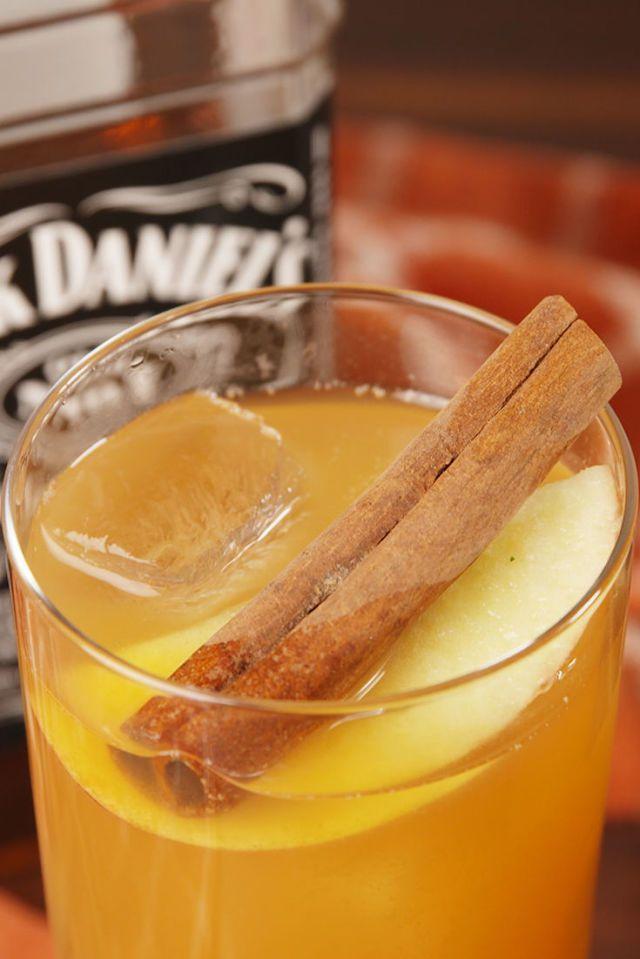 Thanksgiving Cocktails old fashioned apple cider