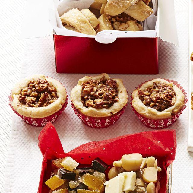 apple walnut tartlets