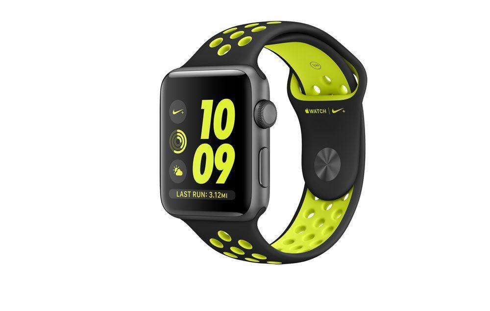 review apple watch nike runner s world rh runnersworld com Nike Oregon Watch Nike Triax Watch