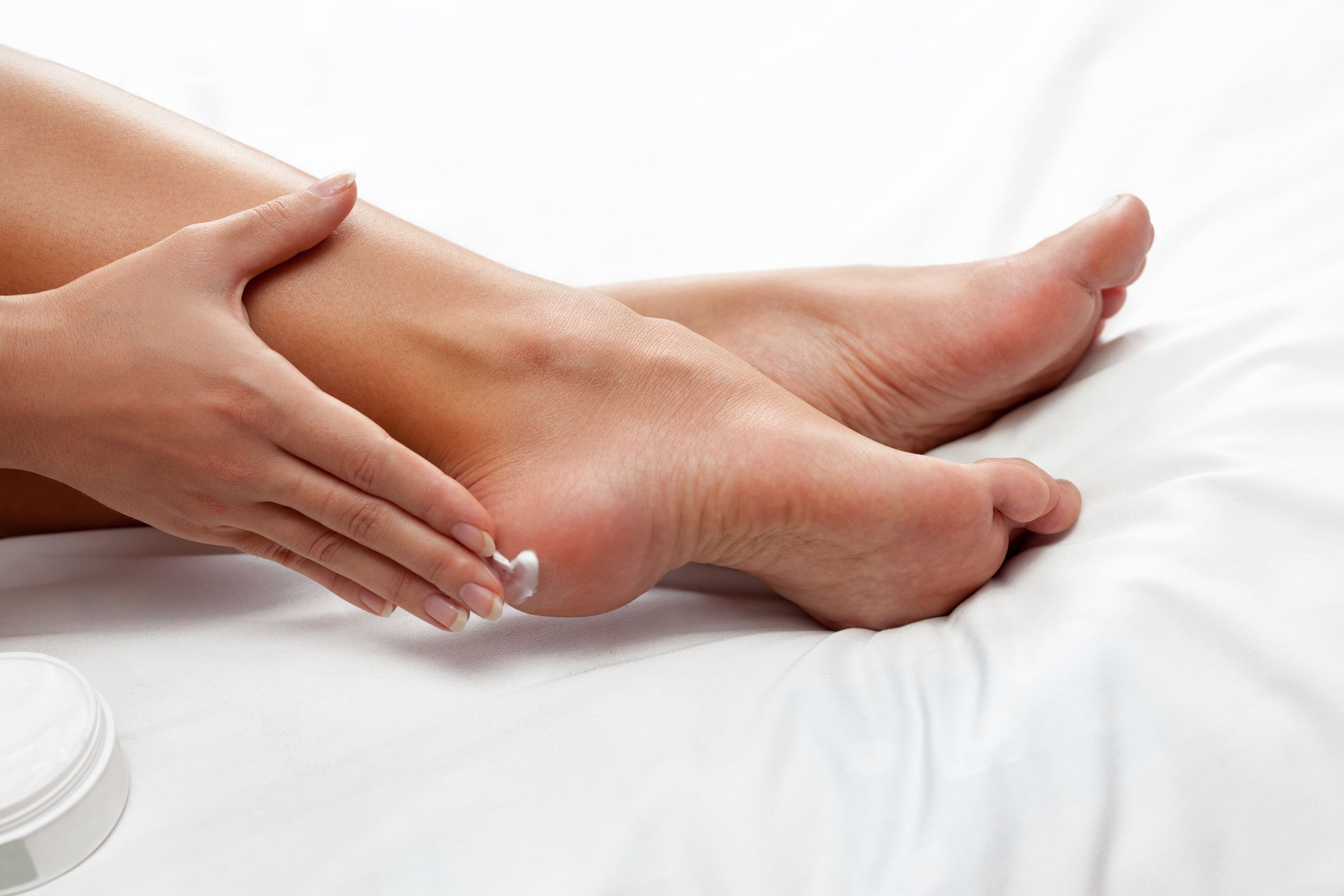 10 Best Foot Creams for Dry Feet and