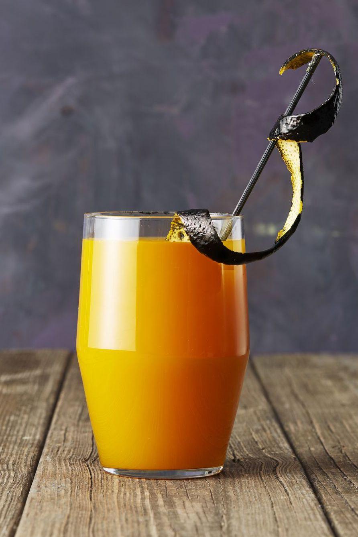 Thanksgiving Cocktails apricot bourbon brew