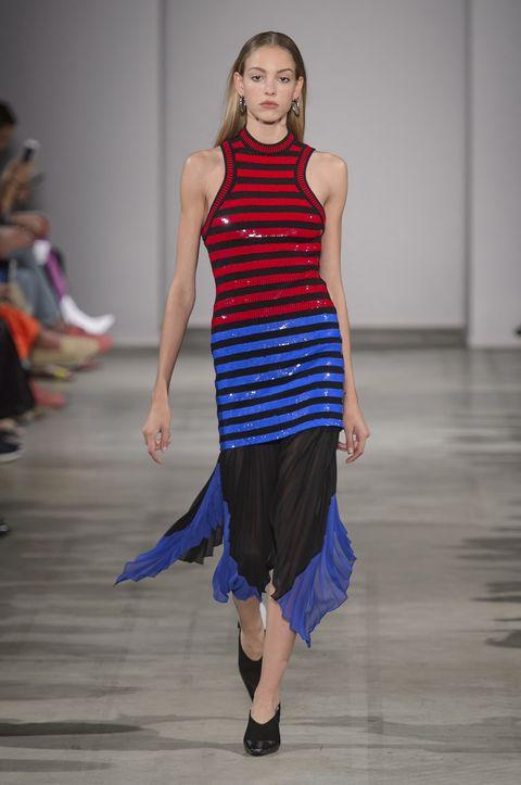 Fashion show, Fashion model, Runway, Fashion, Blue, Clothing, Electric blue, Fashion design, Dress, Cobalt blue,