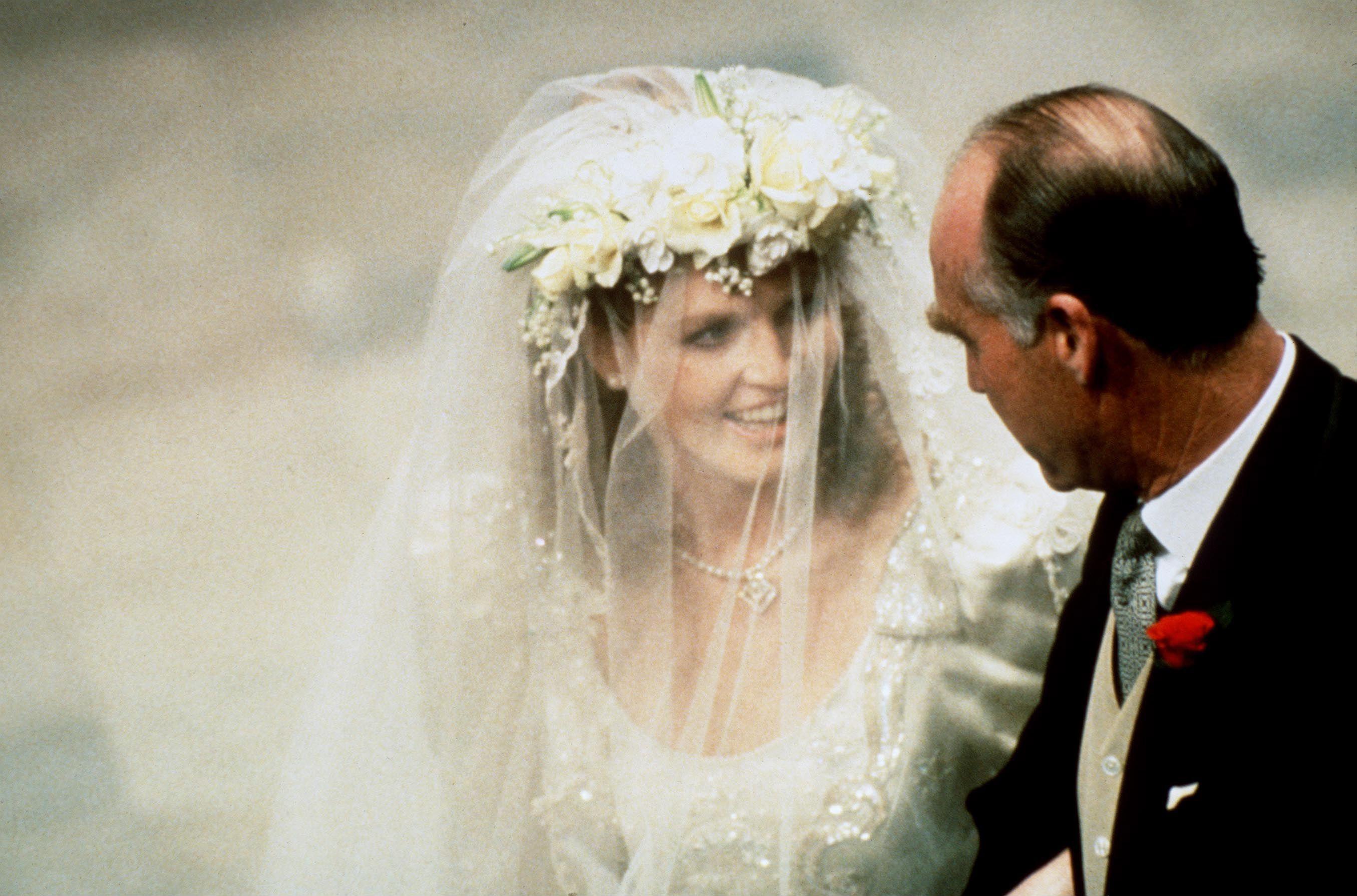 Sarah Ferguson S Wedding Tiara Was Totally Unconventional All