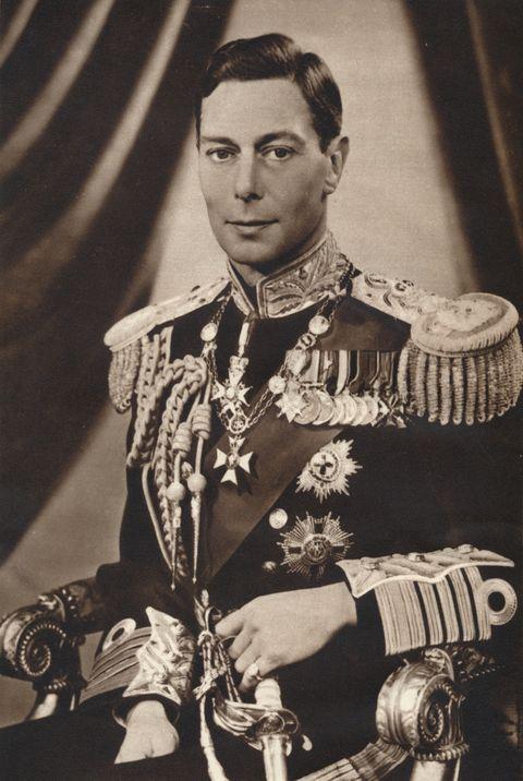 el rey jorge vi de reino unido posando para una fotoen blanco y negro en 1936