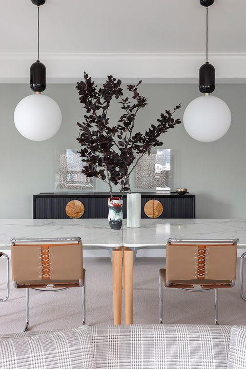 Dining Room Flower Arrangement Ideas