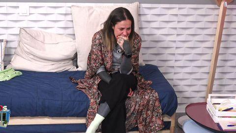 ariadna cross protagoniza una pelea con su marido en solos por su hija