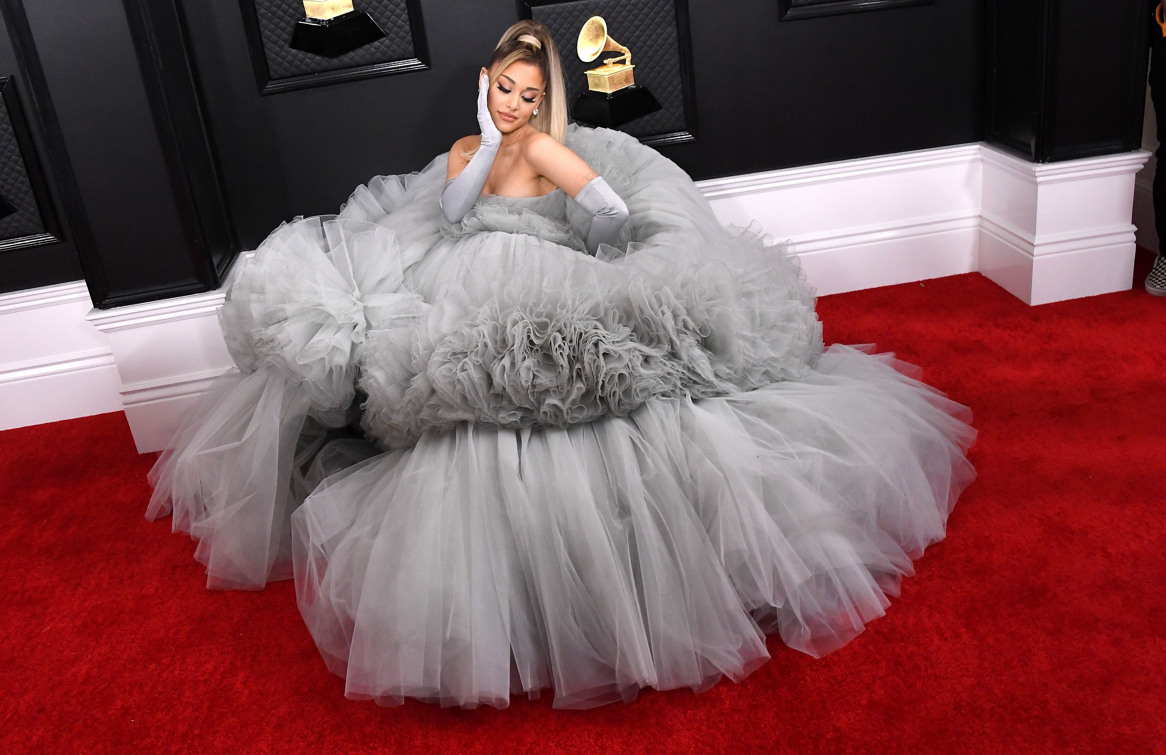 Ariana Grande Sweeps into the Grammys Looking Like Cinderella