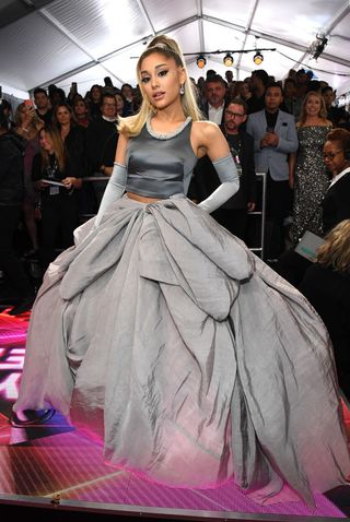 ariana grande s 2020 grammy red carpet dress looks familiar 2020 grammy red carpet dress looks familiar