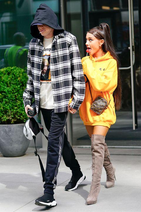 Street fashion, Photograph, Clothing, Tights, Yellow, Fashion, Snapshot, Leg, Footwear, Plaid,
