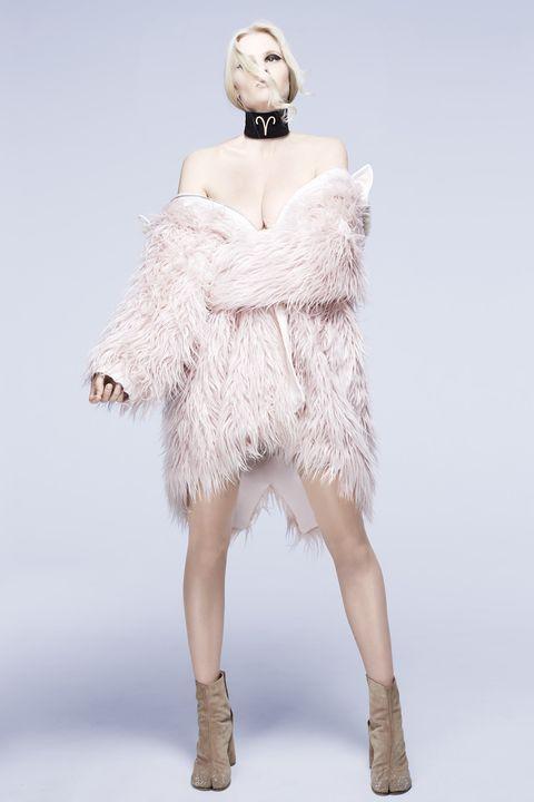 White, Clothing, Shoulder, Fur, Dress, Fashion, Fashion model, Joint, Outerwear, Neck,