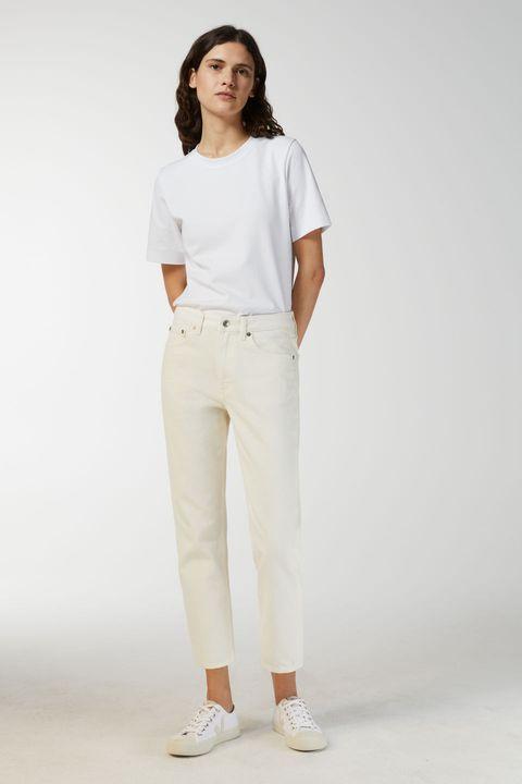 Clothing, White, Shoulder, Sleeve, Fashion model, Waist, Neck, Sportswear, Fashion, Pocket,
