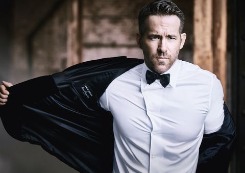 Dress shirt, Formal wear, Suit, Tie, Collar, Bow tie, Shirt, Model, Photography, Sleeve,