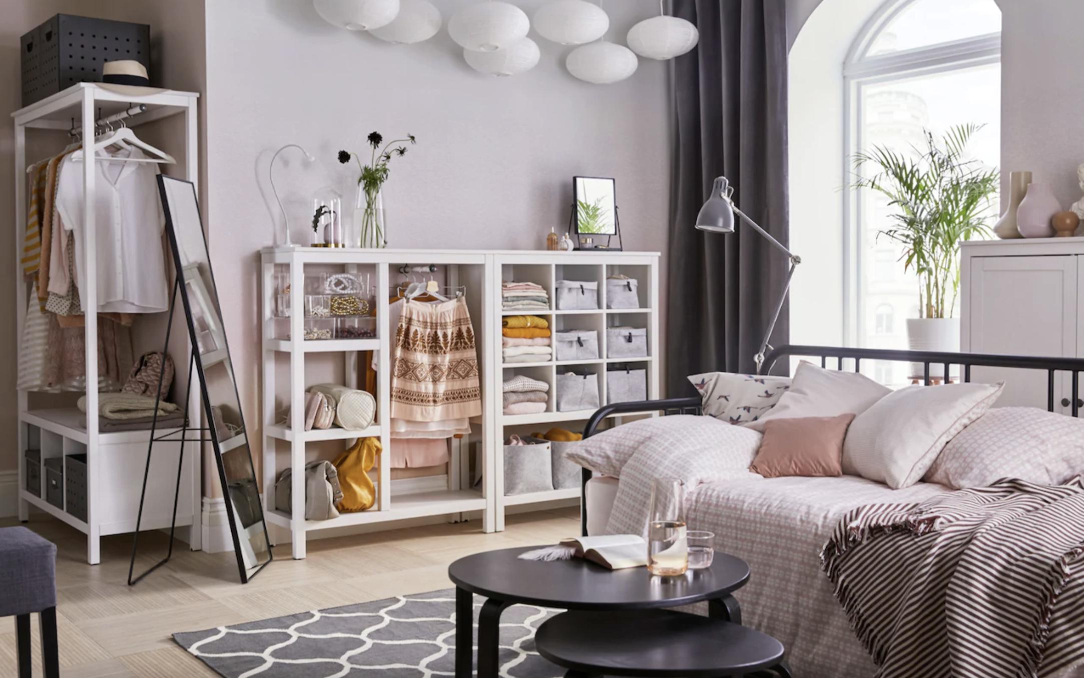 Armario abierto HEMNES de IKEA