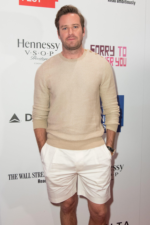 fd84251a05 Armie Hammer en pantalón corto es más elegante que tú en traje