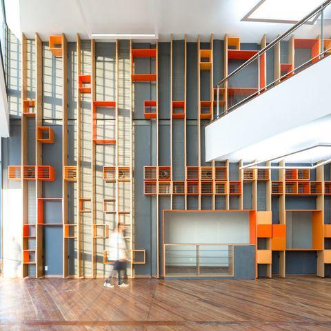 Arquitectura contemporánea brasileña con color. Casa do Carnaval, de A&P Arquitetura e Urbanismo.