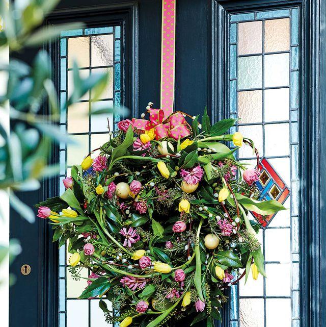Flower, Plant, Floral design, Door, Christmas decoration, Wreath, Floristry, Window, Spring, Flower Arranging,
