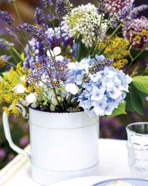 arreglo de flores silvestres