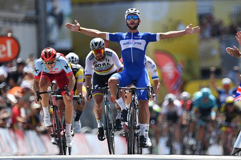 Fernando Gaviria Wins Tour de France Stage 1 After Chris Froome Crash 7acc6ebe9