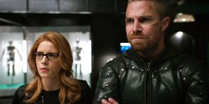 Emily Bett Rickards as Felicity Smoak, Stephen Amell as Arrow, Arrow season 7 finale