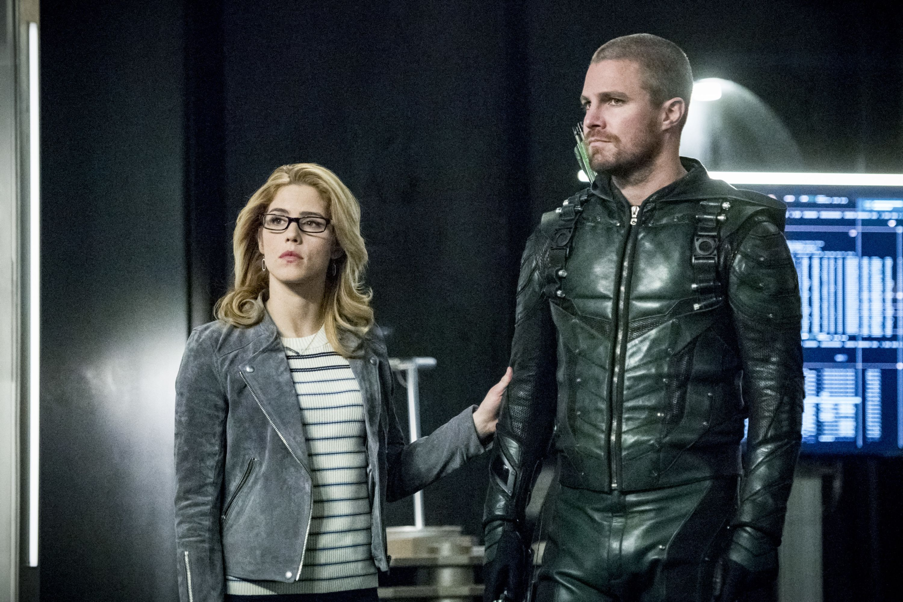 Arrow star Stephen Amell hints at how Felicity will affect the final season