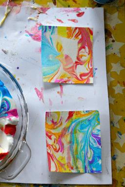 art activities for kids - DIY marbled paper