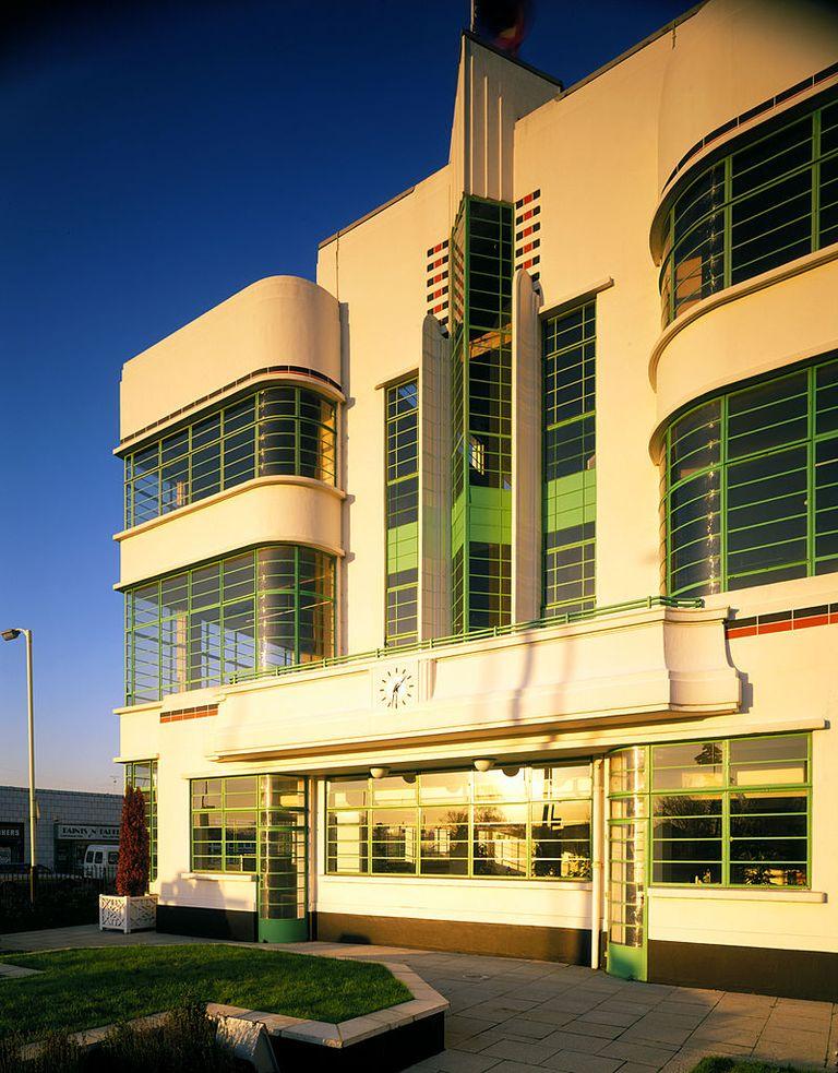 20 Art Deco Architecture Pictures - Examples of Art Deco ...
