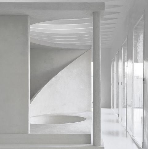 side gallery espacio de guillermo santomá