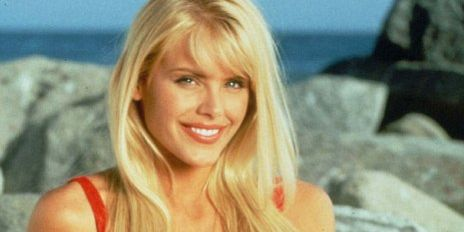 """'90s """"Baywatch"""" Star Talks Set Anxiety, """"Playboy,"""" and the New Movie"""
