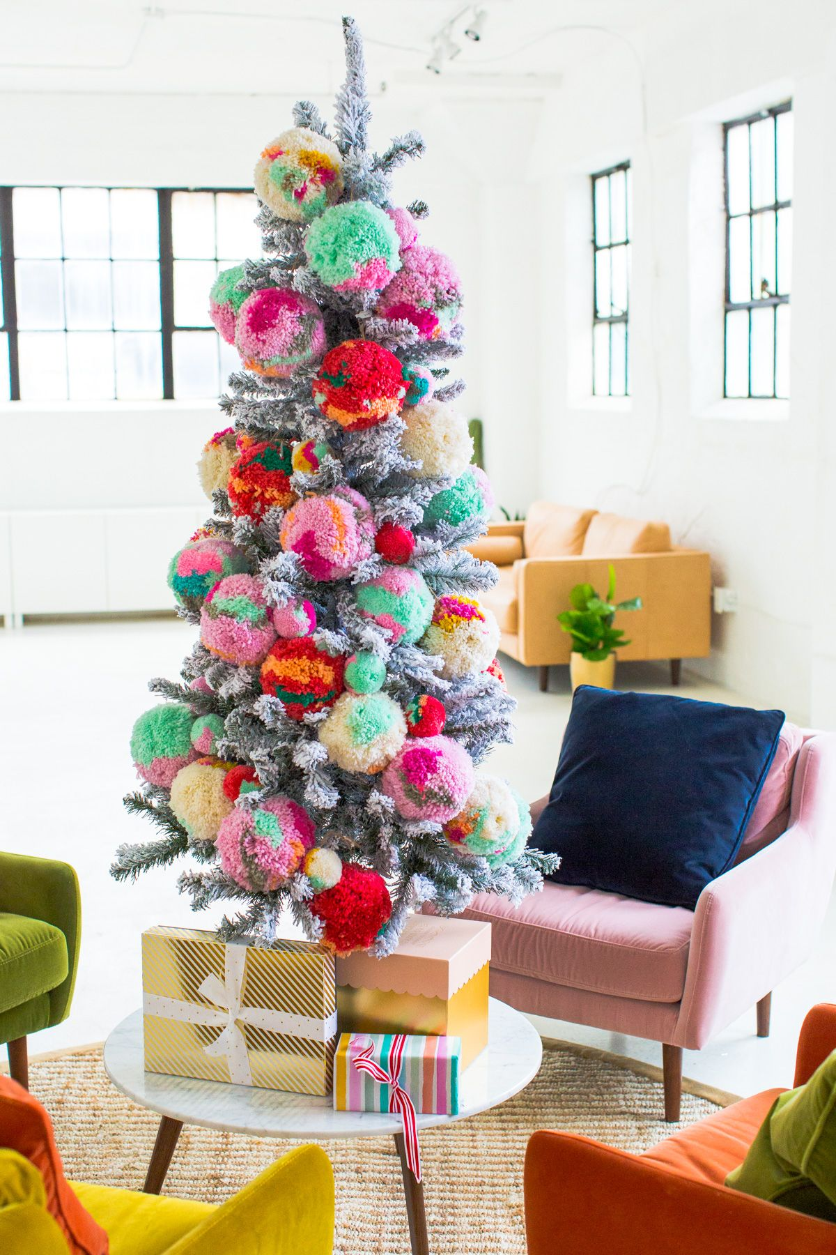 40 Christmas Tree Decoration Ideas   Pictures of Beautiful